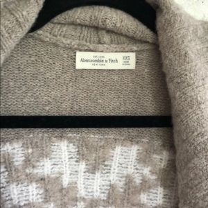 Abercrombie & Fitch Sweaters - Abercrombie thick comfy sweater.